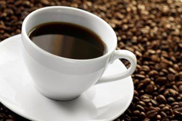 Cancer de l'oesophage : café ou thé très chaud peuvent le favoriser