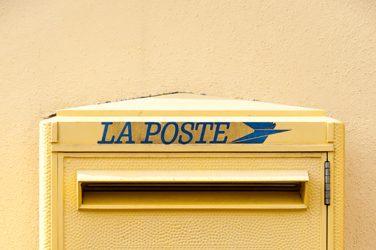 La Poste va assurer nos soins à domicile !