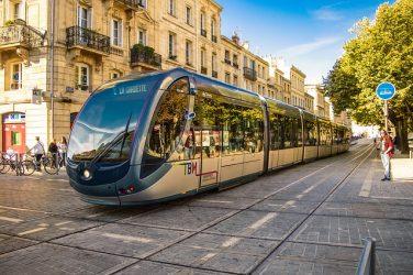 Montpellier va parfumer ses trams! Il nous reste la marche à pied…