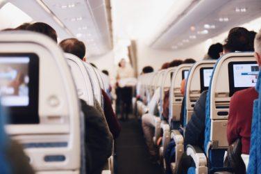 Les cabines d'avion contaminées par les fumées d'huile de moteur