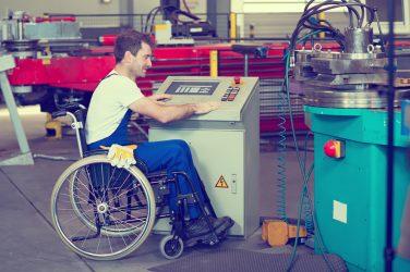 Employer des travailleurs handicapés ou faire appel à l'ESAT